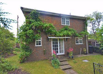 Thumbnail 3 bedroom detached house for sale in Shortheath Road, Farnham