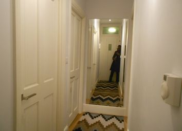 Thumbnail Room to rent in Brewster Gardens, North Kensington