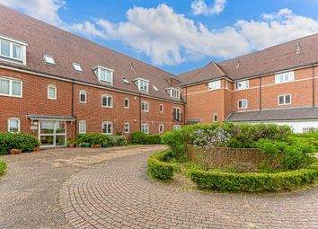 2 bed flat for sale in Wingfield Court, Banstead SM7