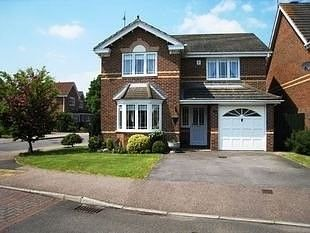Thumbnail 4 bedroom detached house to rent in Bramble Gardens, Burgess Hill