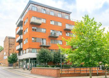 Thumbnail 2 bed flat for sale in Skinner Lane, Leeds
