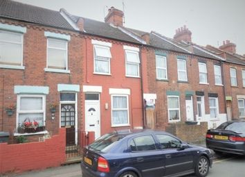 3 bed terraced house to rent in Clifton Road, Luton LU1...