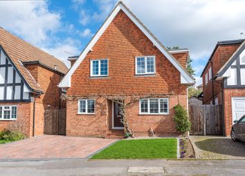 Thumbnail 3 bed detached house for sale in Deanacre Close, Chalfont St Peter, Gerrards Cross