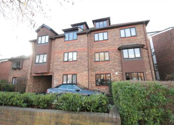 Thumbnail 1 bed flat to rent in Overton Road, Sutton