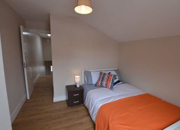 Thumbnail 4 bed shared accommodation to rent in Mossbury Road, London