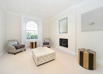 Thumbnail 2 bed flat to rent in St Petersburgh Place, London