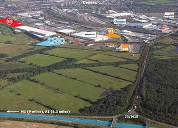 Thumbnail Commercial property to let in Water Vole Way, Doncaster