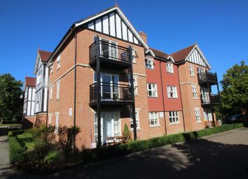 Thumbnail 2 bed flat to rent in St Johns Road, East Grinstead, West Sussex.