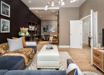 Thumbnail 5 bed terraced house for sale in Central Avenue, London