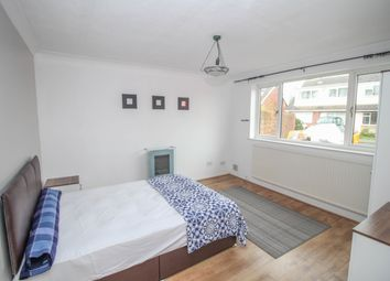 Thumbnail Room to rent in Davies Road, Exhall, Coventry