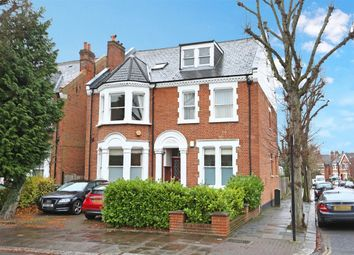 Thumbnail 3 bed flat to rent in Mount Park Road, Ealing, London