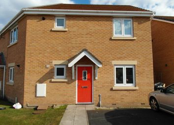 Thumbnail 2 bed flat to rent in Kingham Close, Moreton, Wirral