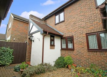 2 bed cottage for sale in Onslow Mews, Chertsey KT16