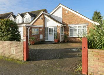 Thumbnail 3 bed barn conversion to rent in Blythe Road, Hoddesdon