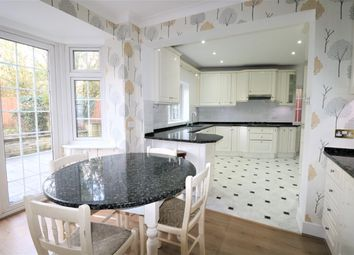 5 bed semi-detached house to rent in Woodland Way, London NW7