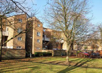 Thumbnail 2 bed flat to rent in Sackville Close, Cambridge