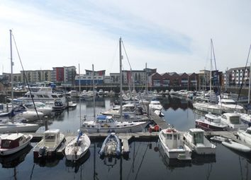 Thumbnail 1 bed flat to rent in Weavers House, Marina, Swansea