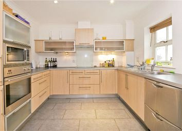 Thumbnail 2 bed flat to rent in Northpoint Square, Camden, London