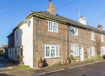 Thumbnail 3 bed cottage for sale in The Street, Bossingham, Canterbury