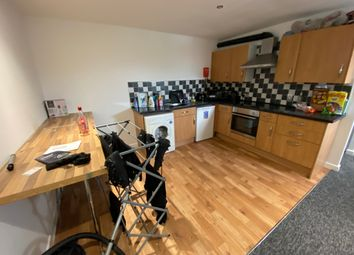 2 bed flat to rent in Edric House, The Rushes, Loughborough LE11