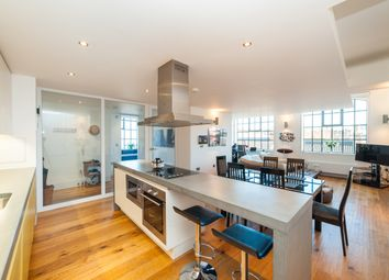 Thumbnail 2 bed flat for sale in Inkerman Road, St.Albans