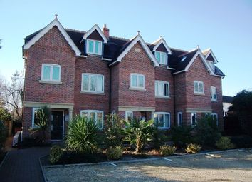 Thumbnail 1 bedroom flat to rent in Executive One Bedroom Apartment, Shireshead Close, Reading