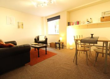 2 bed flat to rent in Aberdeen AB11