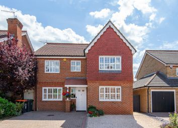 Thumbnail 4 bedroom detached house for sale in Portland Ride, Dunstable, Bedfordshire