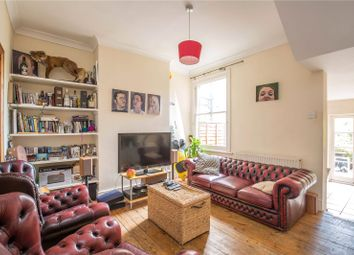 Thumbnail 3 bedroom property to rent in Highworth Road, Bounds Green