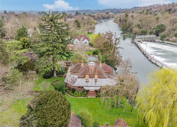 Boulters Lock Island, Maidenhead, Berkshire SL6. 3 bed detached house for sale