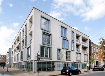 Thumbnail 1 bed flat to rent in White Lion Street, Islington, London