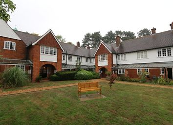 Thumbnail 1 bed flat for sale in 2A, Sollershott Hall, Sollershott East, Letchworth Garden City, Hertfordshire