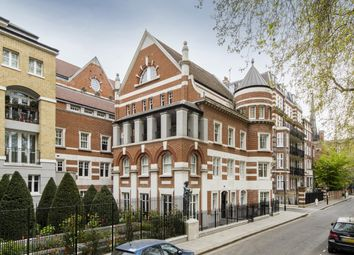 Vincent Square, Westminster SW1P. 3 bed flat for sale