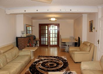 Thumbnail 6 bed end terrace house to rent in Stoneleigh Avenue, Enfield