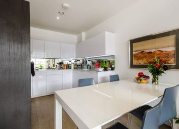Thumbnail 2 bed flat to rent in River Gardens Walk, Greenwich