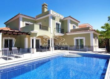 Thumbnail 4 bed villa for sale in Quinta Do Mar, Central Algarve, Portugal