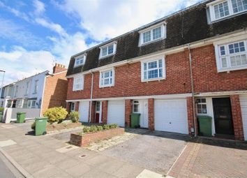 Thumbnail 3 bed town house to rent in Duncan Road, Southsea