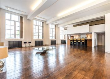 Thumbnail 4 bed flat for sale in Amies Street, London