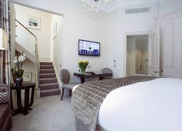 Thumbnail 1 bedroom flat to rent in Sloane Gardens, Chelsea