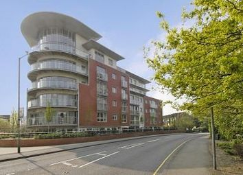 Thumbnail 2 bed flat to rent in Park Heights, Woking
