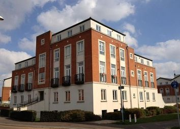 Thumbnail 2 bed flat to rent in Dragon Road, Potters Bar