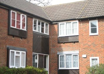 Thumbnail 1 bedroom flat to rent in Watersfield Close, Lower Earley, Reading