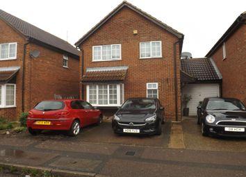 3 bed detached house for sale in Fieldfare Green, Luton LU4