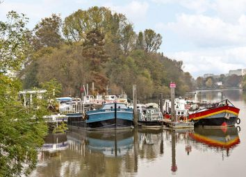 2 bed houseboat for sale in Thistleworth Marine, Isleworth TW7