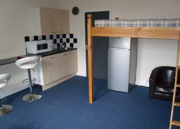 Thumbnail Room to rent in Gregory Boulevard, Forest Fields, Nottingham