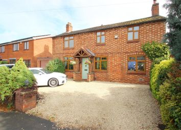 Thumbnail 4 bed detached house for sale in Rugby Road, Bulkington, Bedworth