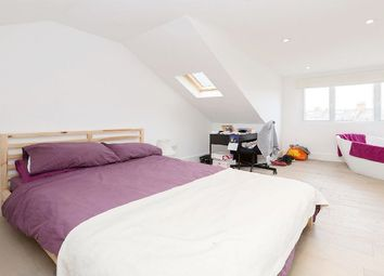 Thumbnail 3 bedroom flat to rent in Charteris Road, London