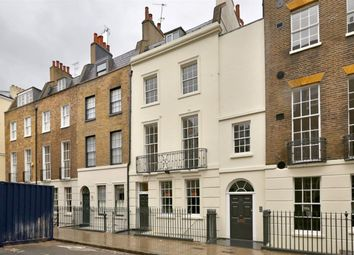 Thumbnail 2 bed flat to rent in Conway Street, London