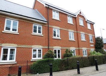 Thumbnail 2 bedroom flat for sale in Harberd Tye, Chelmsford
