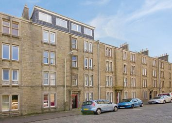 Thumbnail 3 bed flat to rent in Malcolm Street, East End, Dundee